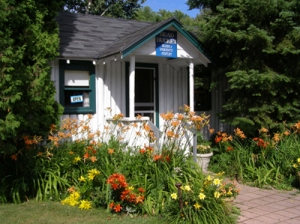 The Bead Bucket in Door County, WI is on of Beadphoria's favorite vaction bead shops