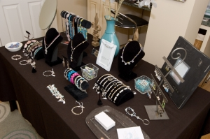 Customers love jewelry displayed in a plesent way.