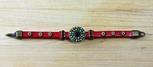 Right Round Cousins Slider Bracelet by Suzann Sladcik Wilson