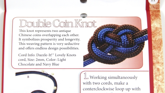 Double Coin Knot from Fernando DeSilva's book Dazzle-it Lovely Knots