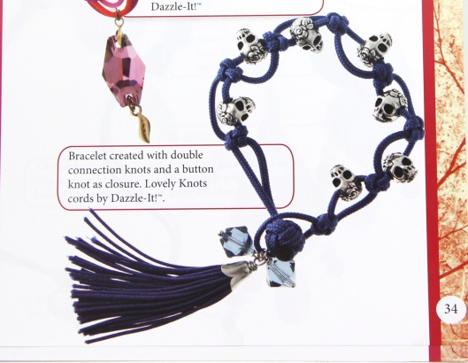 Skull bracelet from Dazzle-its Lovely Knots book.