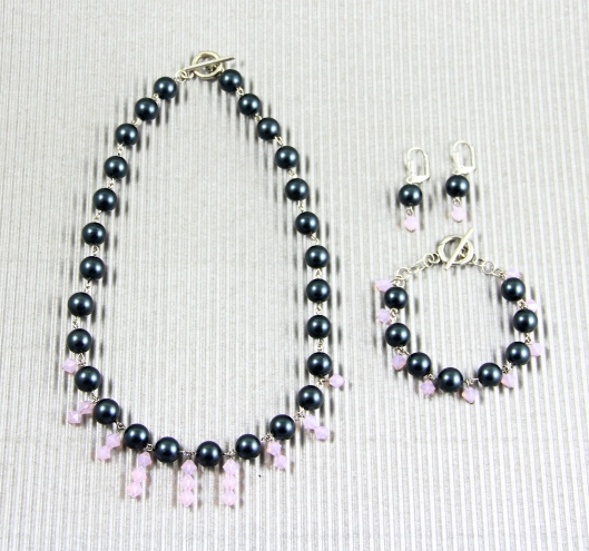 Loopy for Pinks and Pearls by Suzann Sladcik Wilson