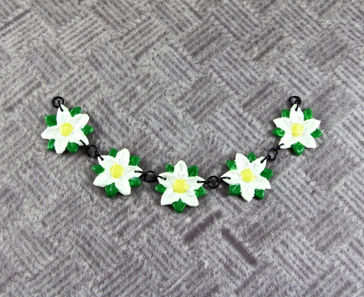 Makin's Clay Daisy Components Linked Together