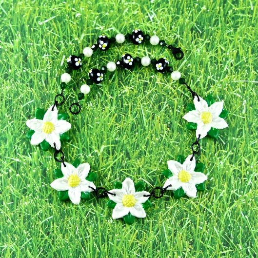 Makin's Clay Daisy Chain Necklace by Suzann Sladcik Wilson